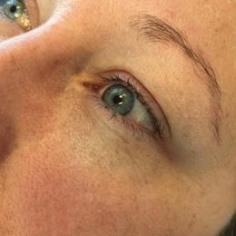 eyeliner_before